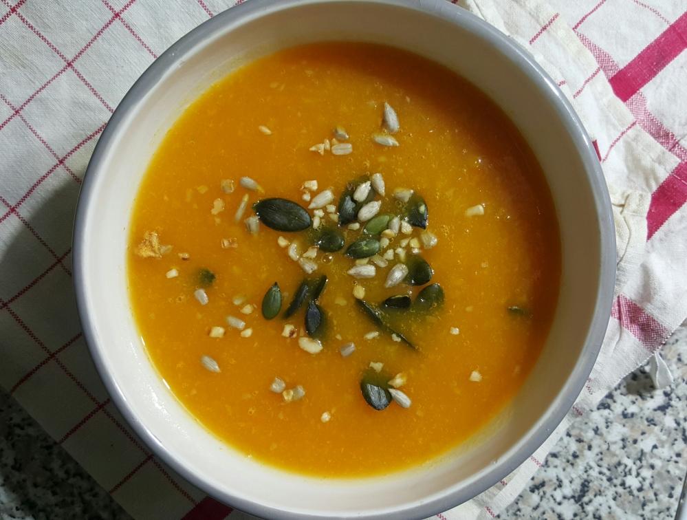 Soupe carotte butternut curry.jpg